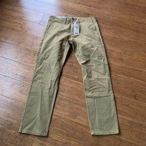 Levi's Men's 502 Regular Taper Chinos Size 30 x 30